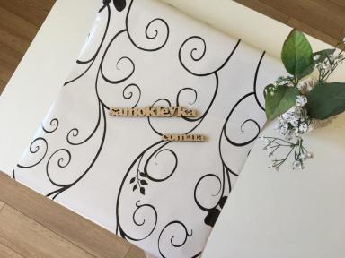 Самоклейка Hongda (Белые завитки) 45см х 15м H5498